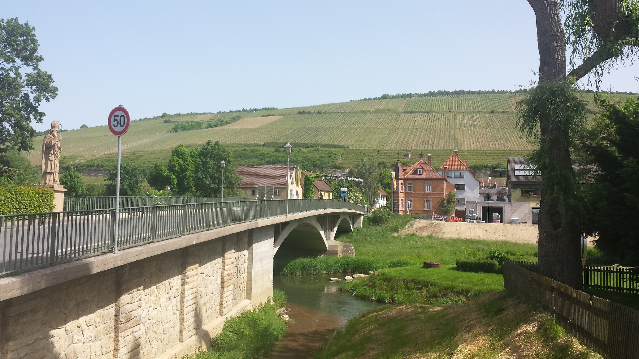 The Tauber flows directly through Markelsheim.